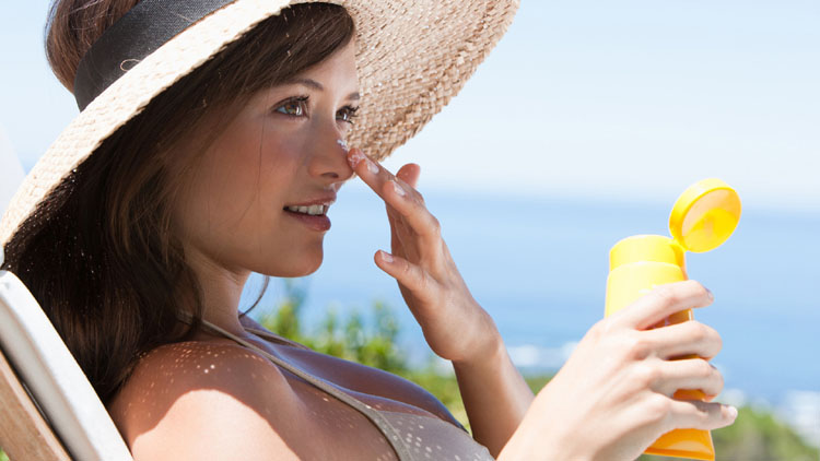 prevent skin cancer by using sunscreen